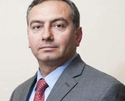 معالي الدكتور فارس بريزات - رئيسا